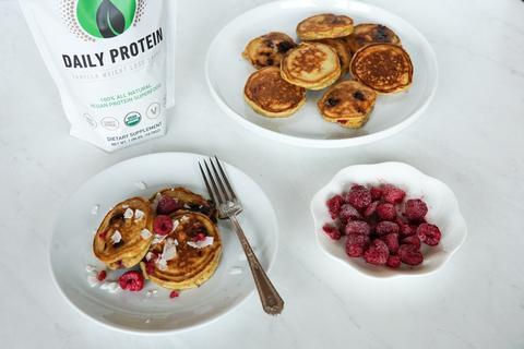 Keto Raspberry Pancakes 01